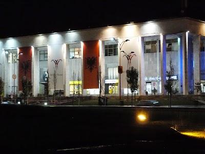 Obiective turistice Tirana: Muzeul National al Albaniei