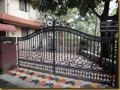 Kerala Architecture and House construction: Cast iron gates,Interlock ...