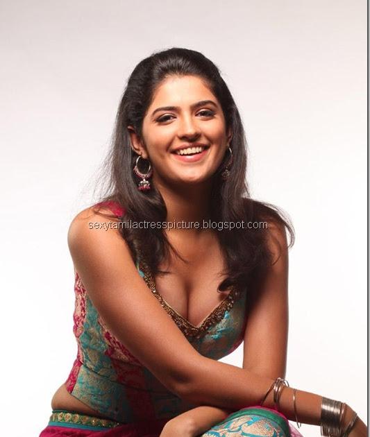 Sexy Star Images: Rajapattai Heroine Deeksha Seth Hot Stills