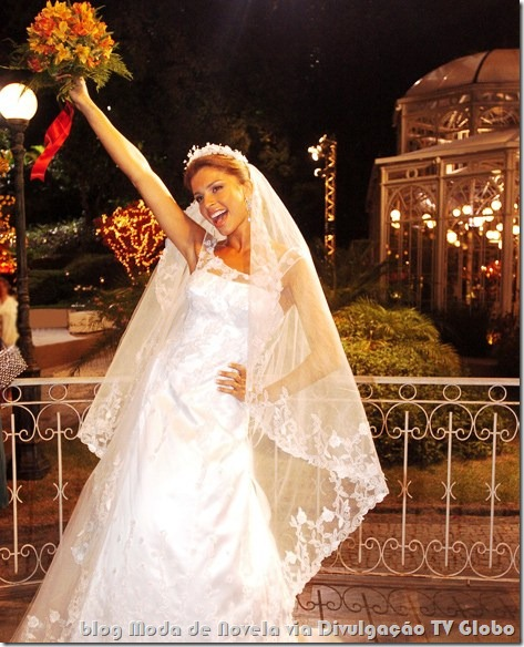moda da novela páginas da vida - vestido de noiva da thelminha