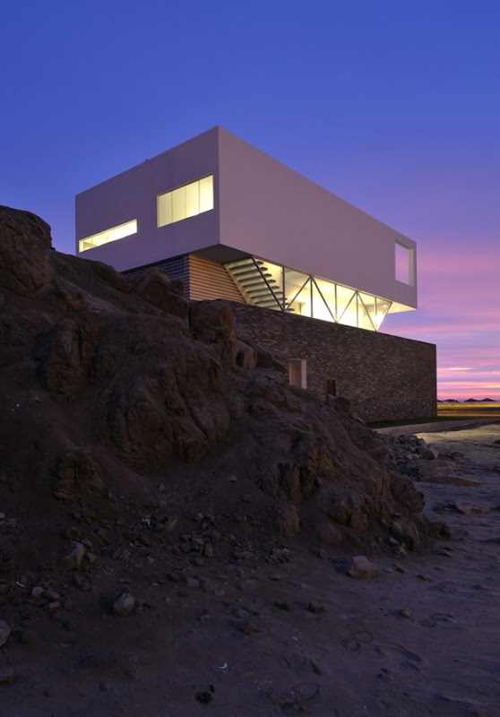 beach house in las palmeras by javier artadi 1