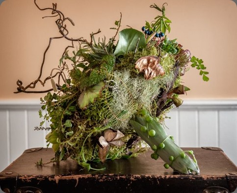 woodland-bouquet-4-Art-of-Weddings-Françoise-Weeks  Jamie Bosworth