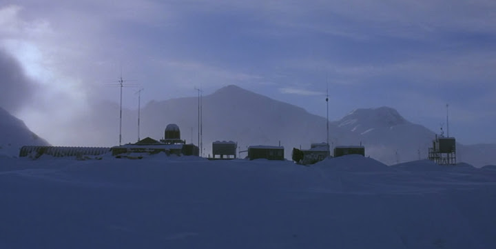 the_thing_antarctic_base.jpg