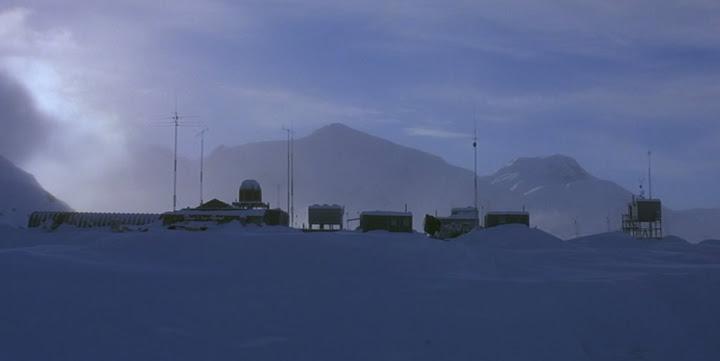 the_thing_antarctic_base.jpg