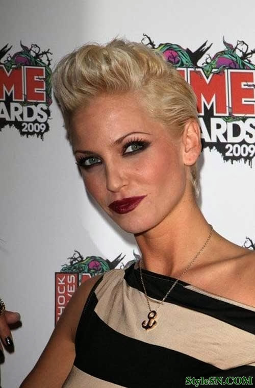 Top Blonde Short Haircuts For Women   Hairstyle FS
