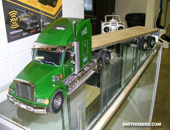 Camiones rc Tamiya KnightHauler2
