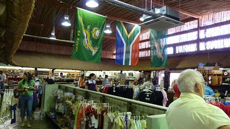 Imagini Lion Park Johannesburg: magazin suvenir Africa de Sud