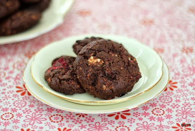 Raspberry Choc Chunk Cookies by Baking Makes Things Better (2)