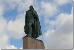 Leif Eiricsson statue at Hallgrimskirkja