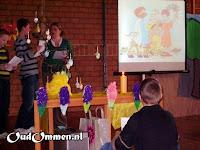 2008. De middenbouw viert paasfeest (2)