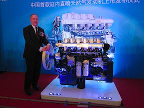Westport CEO David Demers with 12-liter Weichai Westport HPDI engine