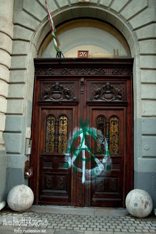 graffiti_20110822_door