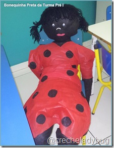 bonequinha-preta-turma-pre-i-creche-escola-ladybug-recreio-dos-bandeirantes-rio-de-janeiro