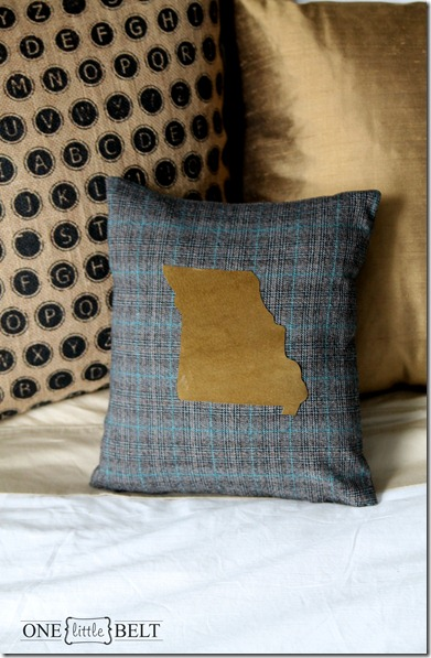 make-your-own-home-pillow-1