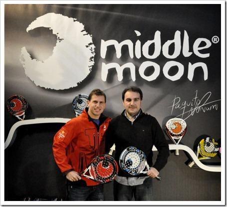 Paquito Navarro renueva su compromiso con la firma Middle Moon por tres temporadas más.