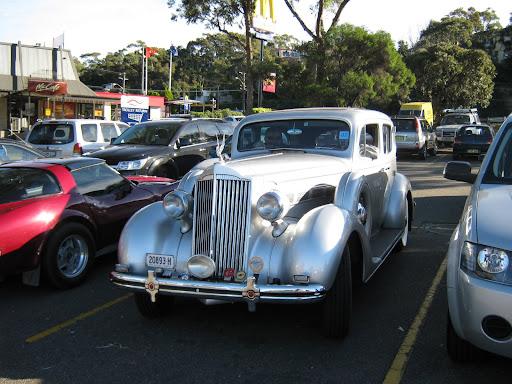 '37 120 Sedan