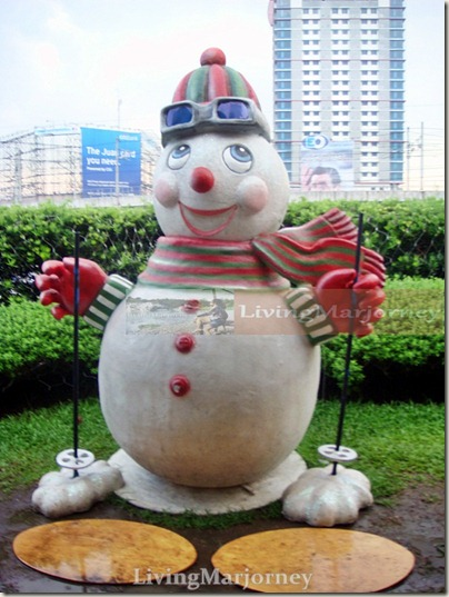 The Giant Snowman