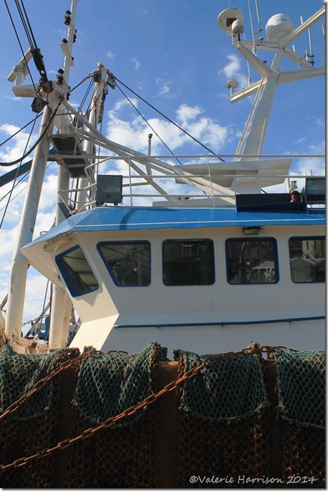 24-fishing-boat
