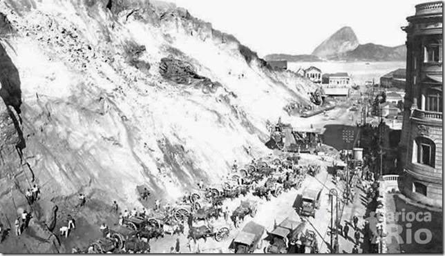 Construção da Av. Rio Branco em 1905