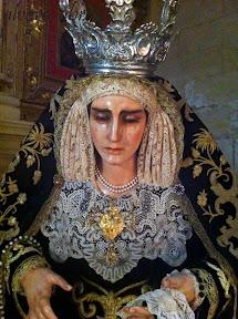 dolores-alcala-la-real-alvaro-abril-besamanos-2012-(18).jpg