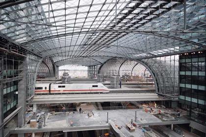 Berlin Hauptbahnhof 009