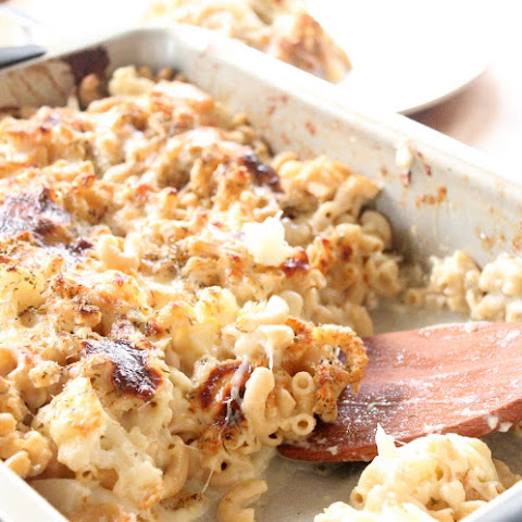 Gooey Cauliflower Mac and Cheese