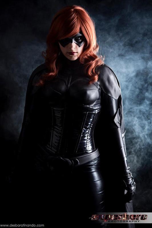 sexy-batgirl-linda-sensual-desbaratinando-geek-nerd (2)