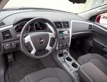 2012-Chevrolet-traverse-cabin