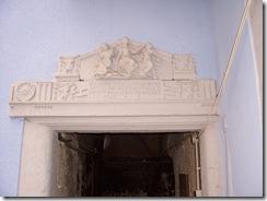 2012.06.05-002 linteau sculpté