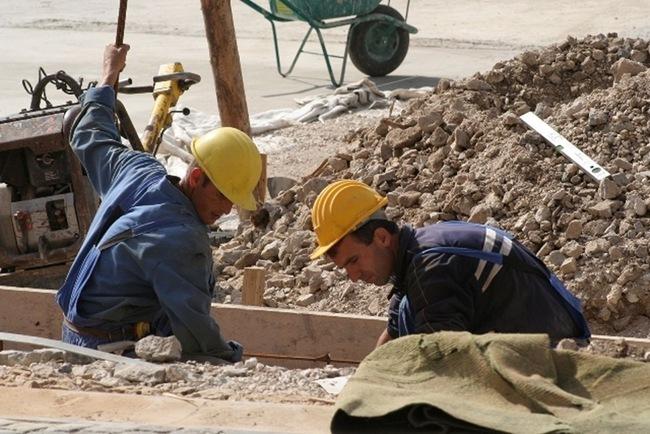 Δούλευαν οι μισοί, πληρώνονταν όλοι στα προγράμματα ΚΟΧ του Δήμου Κεφαλονιάς και της «Κουνόπετρας»