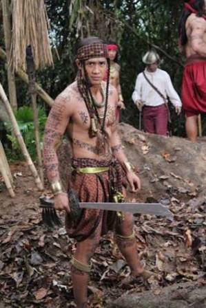 Aljur Abrenica as Bagandi in Indio