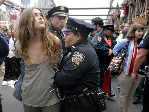 Το twitter υποχρεώνεται να παραδώσει tweets διαδηλωτή του Occupy Wall Street