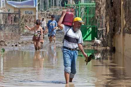 18IGNFLOOD7<br />Residents of the Orchid Subdivision in Barangay Santiago salvage what is left of their homes Sunday Dec. 18, 2011 a day after flashfloods brought about by Typhoon Sendong hit Iligan City. MindaNews photo by Bobby Timonera<br />