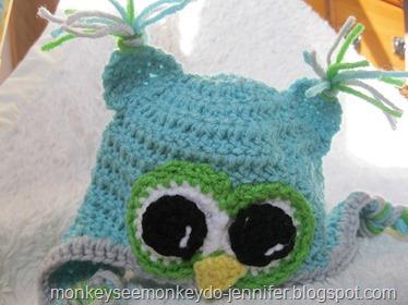 aqua and gray owl hat