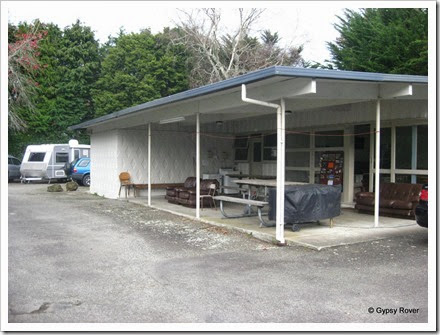 Pahiatua Carnval Park Amenities Block, very similar to Carterton.