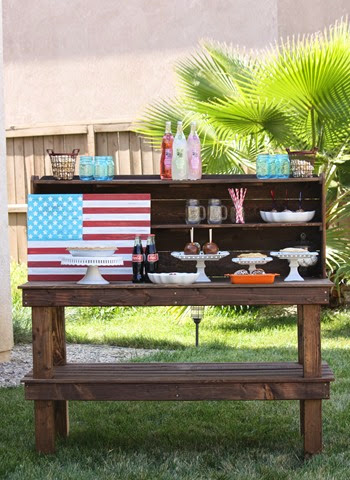 Fourth of July party bench