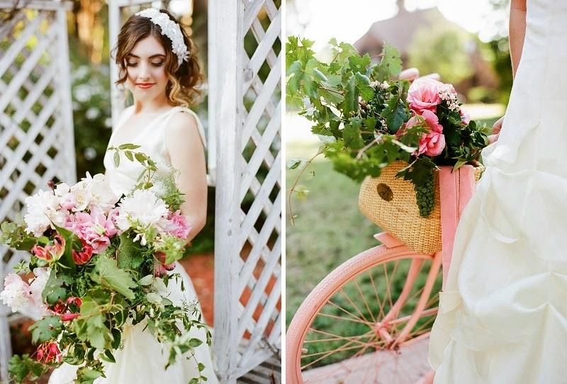 10 OakandtheOwl_ Cascading Bouquet