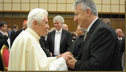Az egyházi státusztól megfosztott egyházak nyilatkozata_Semjén és a pápa