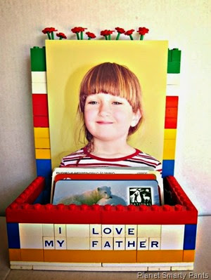 Lego_Card_Holder_and_Picture_Frame