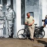 Spécialiste d'Hemingway l'écrivain basque  Edorta Jimenez Ormaetxea et le photographe José Goitia