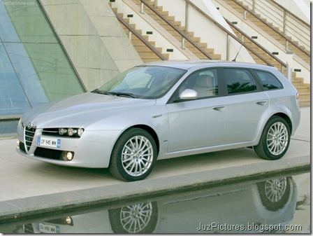 Alfa Romeo 159 Sportwagon (2006)12