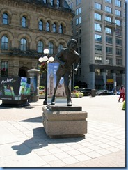 6057 Ottawa Wellington St - Terry Fox in front of Hill Centre