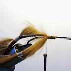 17. Łapy wykonałem z pasków skórki z sierścią, naciągnąłem na nie rurki silikonowe       podobnie jak w przypadku łap z piór marabuta.