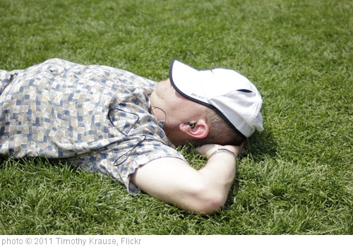 'Man sleeping' photo (c) 2011, Timothy Krause - license: http://creativecommons.org/licenses/by/2.0/