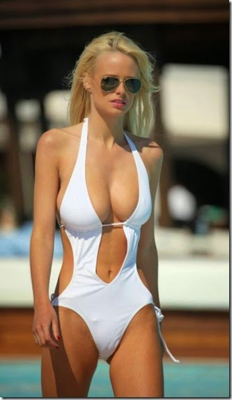 summer-bikinis-babes-028