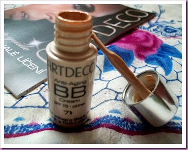 SPF 15 Skin Perfecting BB Cream (4)