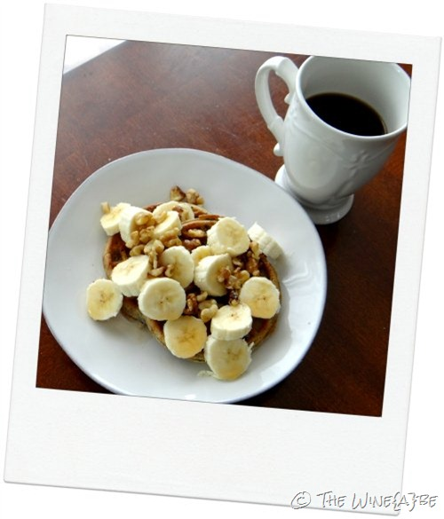 blueberry_wafles_banana_walnuts