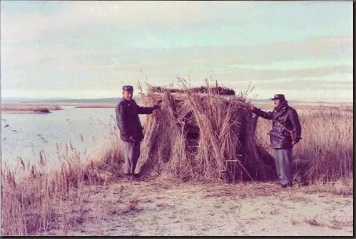 Guardas jurados del ICONA. Años 70. Pascual Prieto -a la izquierda- y Pascual Mercadal -a la derecha-