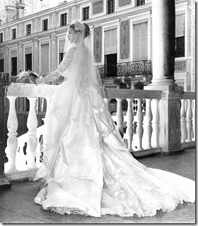 17f6c790c20b1b87_saweran_grace-kelly-style-wedding-dress