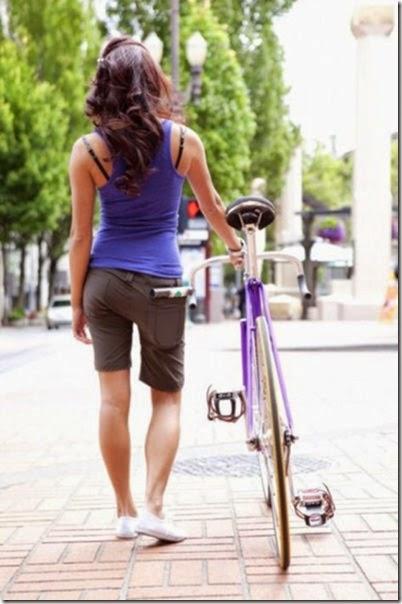 girls-riding-bicycles-035